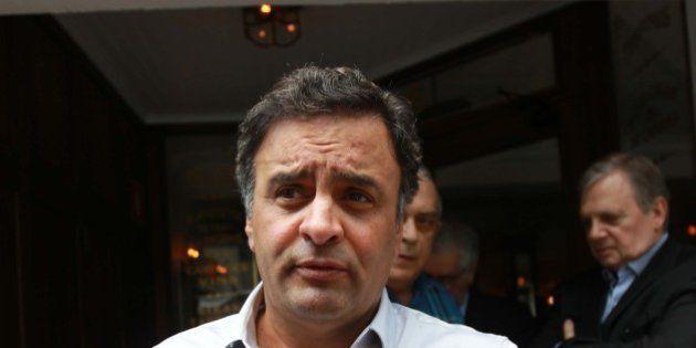 Renúncia de Azeredo: Aécio descarta interferência na campanha