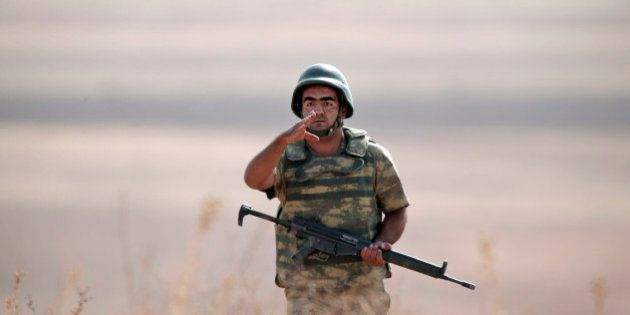 Após análise de 1.700 cartuchos, relatório afirma que Estado Islâmico possui armas produzidas em 21