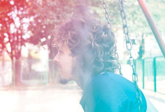 Leo Cavalcanti lança novo single,