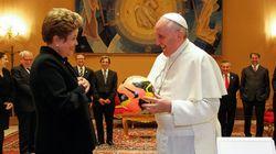 Benção papal: Dilma visita papa Francisco já de olho nas