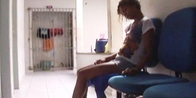 No Maranhão, mulher está algemada a cadeira há uma semana em