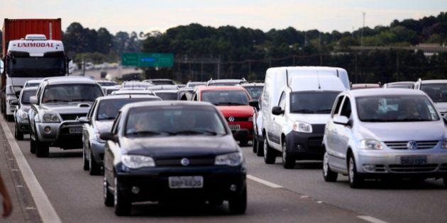Carnaval 2014: Motoristas denunciam arrastão na Imigrantes perto do