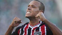 São Paulo dá fim a jejum dos clássicos e vence Corinthians por 3 a