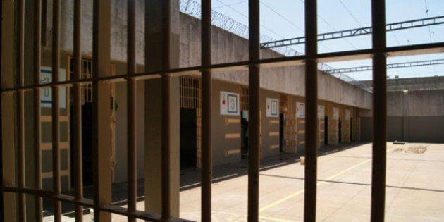 Agente penitenciário conta a rotina em SP: