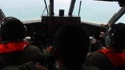 Avião desaparecido da Malásia pode ter sido desviado por computador de