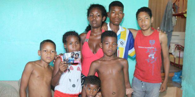 Tiro matou mulher arrastada por viatura da PM no Rio de Janeiro, diz