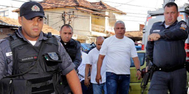 PMs que arrastaram mulher no Rio não a viram cair por culpa da sirene, diz