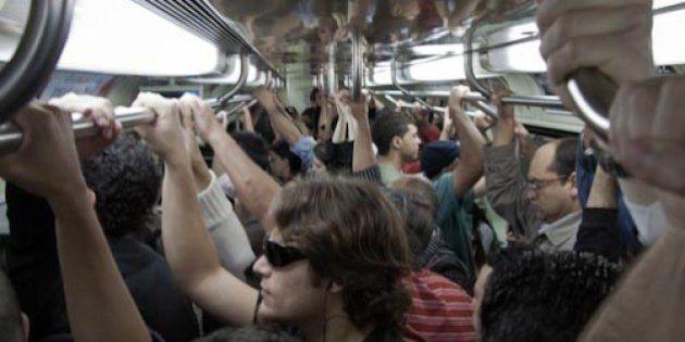 Em meio a operação contra assédio, propaganda do metrô estimula