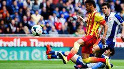 Barcelona: lateral faz pênalti em lance com Neymar e vira