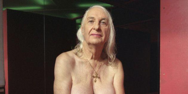 Prostituta, hermafrodita, ciclista e pai de 3 filhos: conheça a história de Claudette (FOTOS