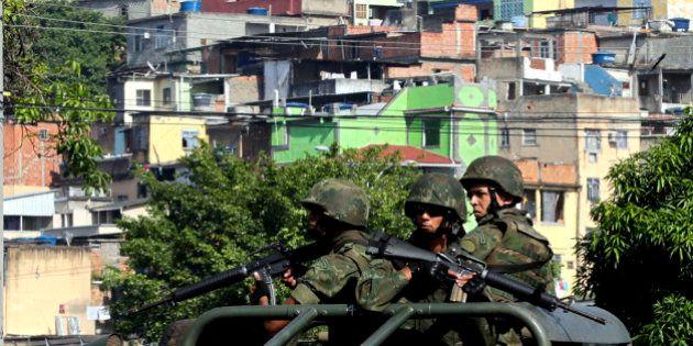 Exército nas ruas do Rio é remédio paliativo com efeitos colaterais