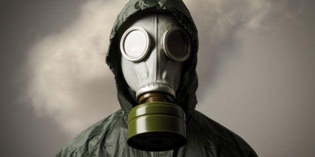 Ataque com gás venenoso faz rebeldes e governo trocarem acusações na