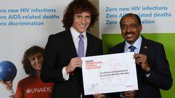 David Luiz se engaja na luta pela prevenção da