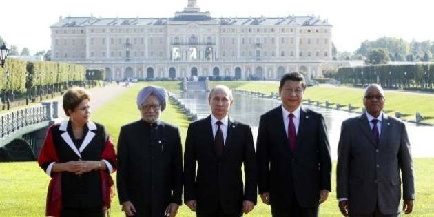(From L) Brazil's President Dilma Rousseff, India's Prime Minister Manmohan Singh, Russia's President...