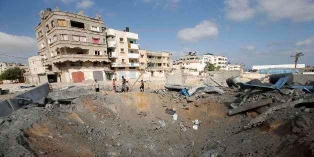 Ataques aéreos de Israel e foguetes palestinos elevam tensão na fronteira com
