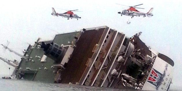 Sobe o número de mortos do naufrágio na Coreia do Sul e capitão culpa mar revolto pela demora na retirada...
