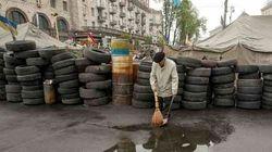 Tensão na Ucrânia: Mediador busca rendição de rebeldes