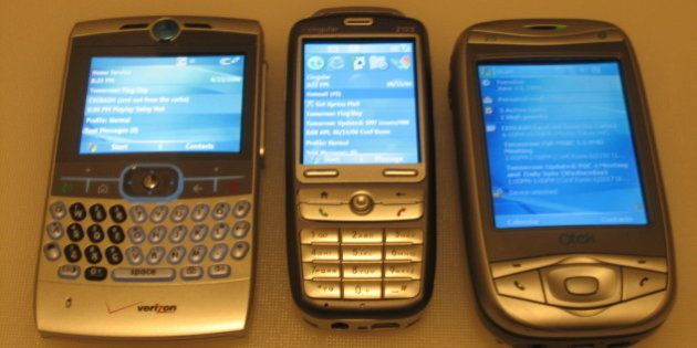 The brand spanking new Motorola Q as seen with other hot members of the Windows Mobile 5.0
