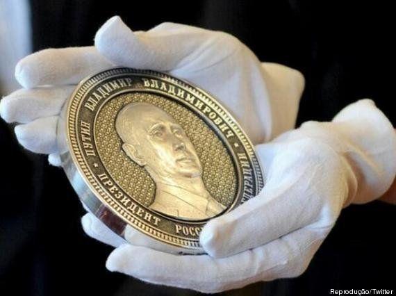 Rússia lança moeda para comemorar anexação da