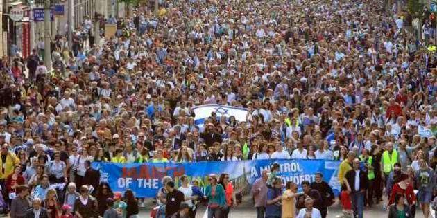 Marcha na Hungria reúne milhares contra antissemitismo após extrema direita ganhar força no
