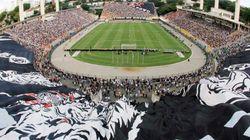 Corinthians bate Flamengo em Pacaembu