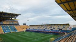 Torcedor racista é identificado e banido de estádio para