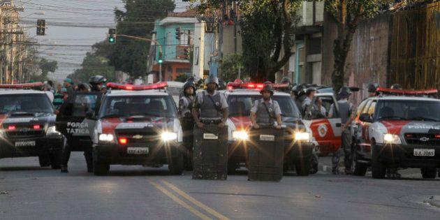 Desmilitarização da PM é só parte da mudança necessária na segurança no Brasil, dizem