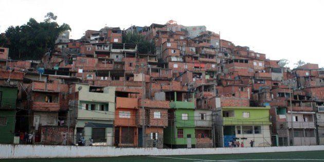 Mais de 200 casas correm risco de desabamento em São