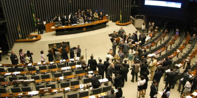 Governo e oposição começam a definir estratégia para CPIs no Congresso