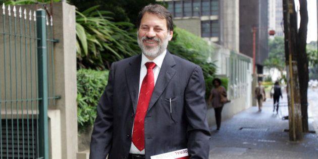 Ex-tesoureiro do PT Delúbio Soares não poderá trabalhar fora da prisão, decide