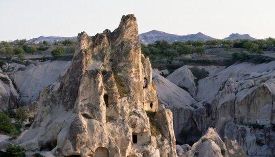 A fé move montanhas: as mais belas igrejas e monastérios esculpidos na