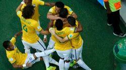 ASSISTA: Escorregão de Neymar na hora de comemorar o gol do