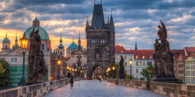 Praga é a cidade mais linda da Europa.