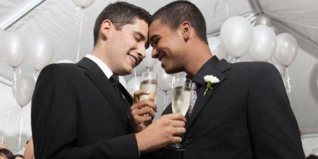 Um ano do casamento gay no Brasil e o documentário