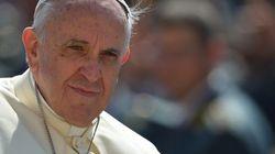 Papa pede desculpas a vítimas de abuso sexual por parte de