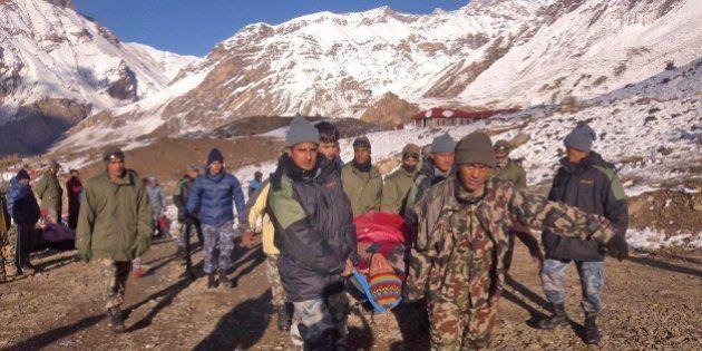 Número de desaparecidos após nevasca no Nepal pode chegar a 85, diz