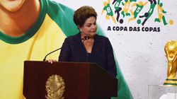 É Dilma, #naovaitercopa para nós, mas podemos ganhar um novo