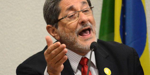 Ex-presidente da Petrobras: Dilma é 'muito firme', Petrobras 'não está em crise' e oposição 'faz disputa