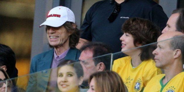 Mick Jagger diz não ter culpa por vexame da Seleção Brasileira; para Luciana Gimenez, Stone e seu filho...