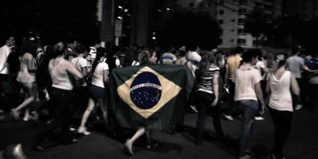 Democracia brasileira em busca da