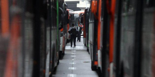 Polícia Civil investiga se há crime na ação de motoristas de ônibus durante a