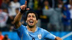 Mesmo sem poder atuar, Suárez é contratado pelo
