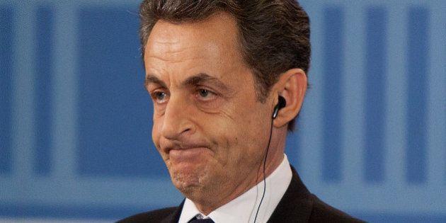 Sarkozy defende reforma na UE e mais controle da