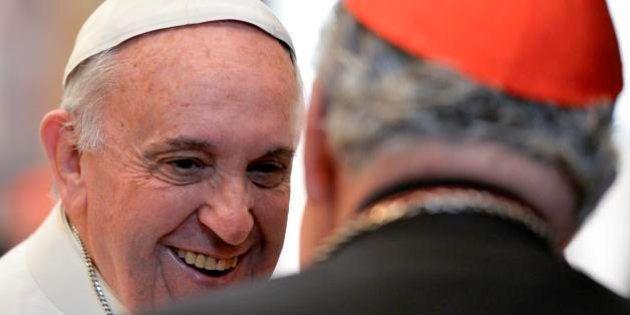 Em mensagem de Natal à Cúria Romana, Francisco enumera as 15 doenças que acometem a