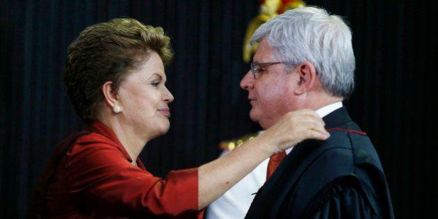 Procurador-geral da República nega fornecer nomes de políticos citados em delações premiadas ao