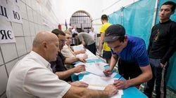 Eleição na Ucrânia: pesquisa dá vitória a candidato