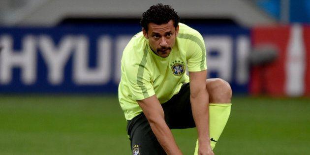 Felipão já decidiu o time do Brasil que encara a Holanda. E com várias