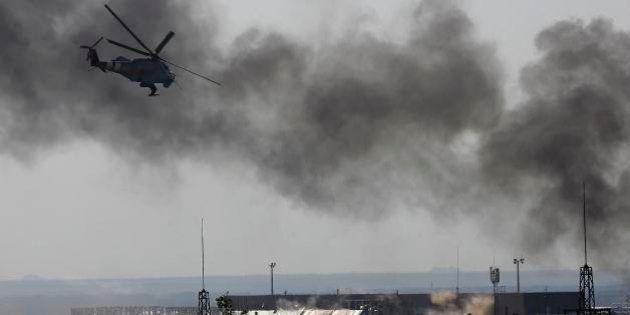 Exército da Ucrânia e rebeldes lutam por controle de aeroporto de