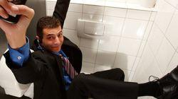 Regras de etiqueta na hora de usar o banheiro do escritório (Como