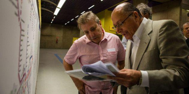 O Governador Geraldo Alckmin vistoria as obras da Estação Fradique Coutinho da Linha Amarela do Metrô....